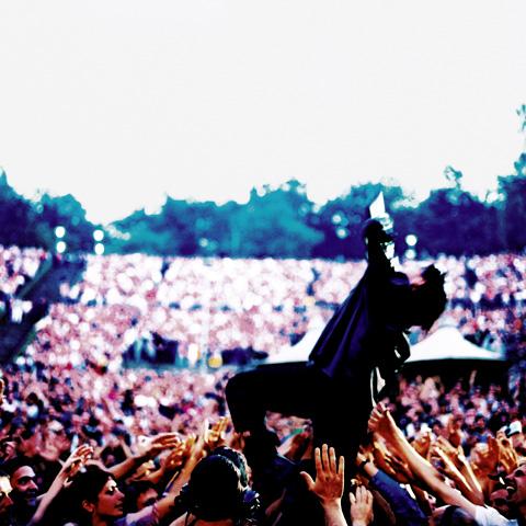 Bono & U2 Crowd ·Berlin, 2001